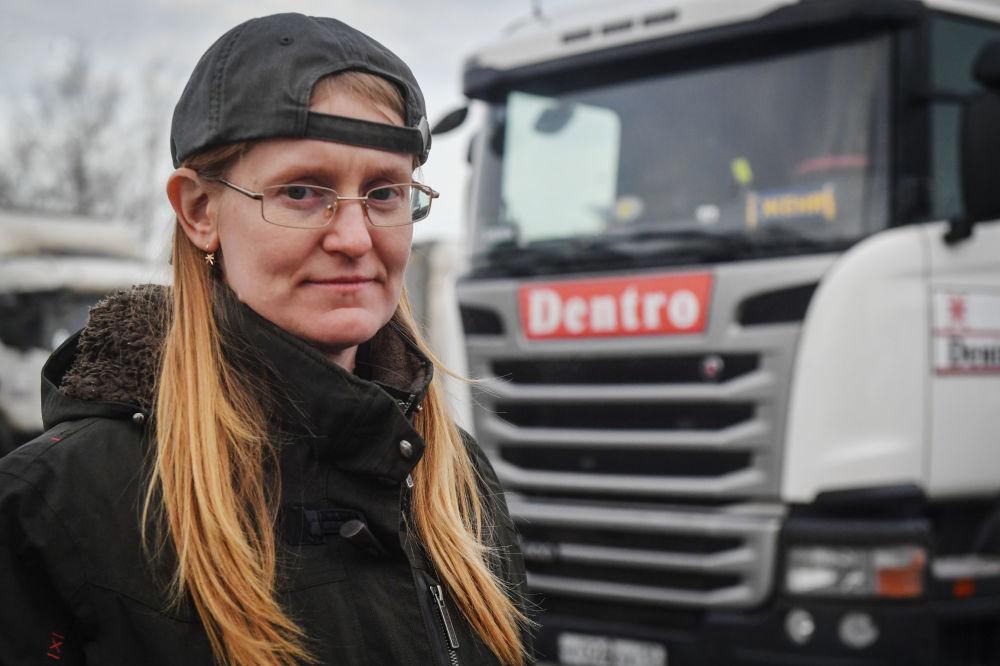 Professione donna: lavoratrici russe che rompono i luoghi comuni