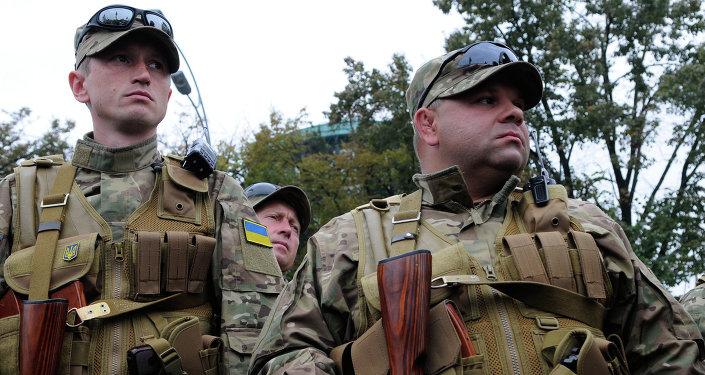 Paramilitari ucraini nel Donbass