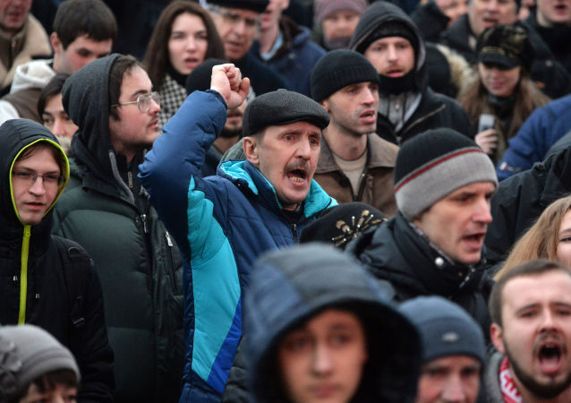 Dimostranti a Minsk
