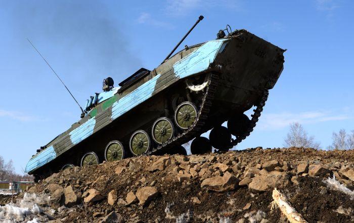 Il Biathlon dei carri armati a Khabarovsk