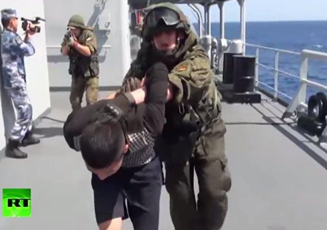 Esercitazione congiunta antiterrorismo Russia - Cina nel Mediterraneo