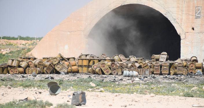 Dopo l'attacco degli USA contro una base aerea siriana