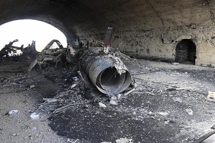 Base siriana di Shayrat colpita dai missili americani