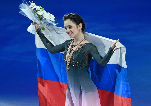 Evgenija Medvedeva ai Campionati mondiali di pattinaggio di figura a Helsinki. Ha vinto l'oro.