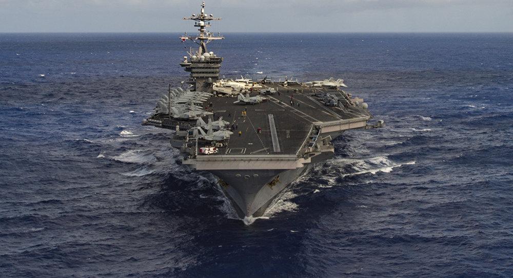 La portaerei Carl Vinson (CVN 70)