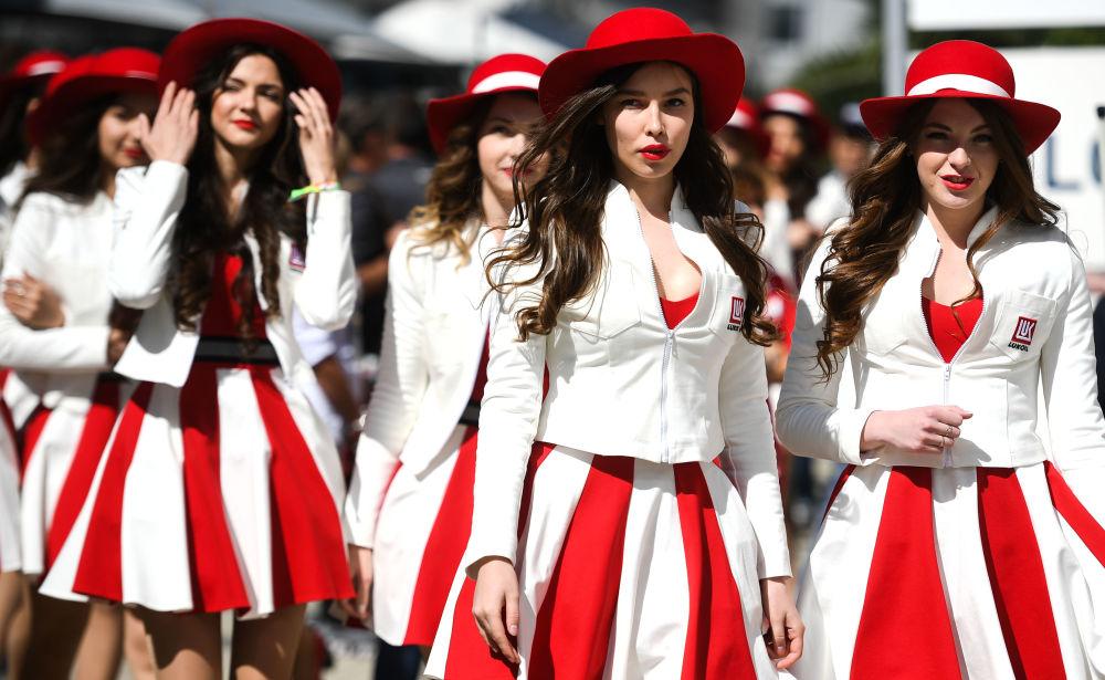 Le Grid Girls alla tappa russa del campionato mondiale Formula-1.