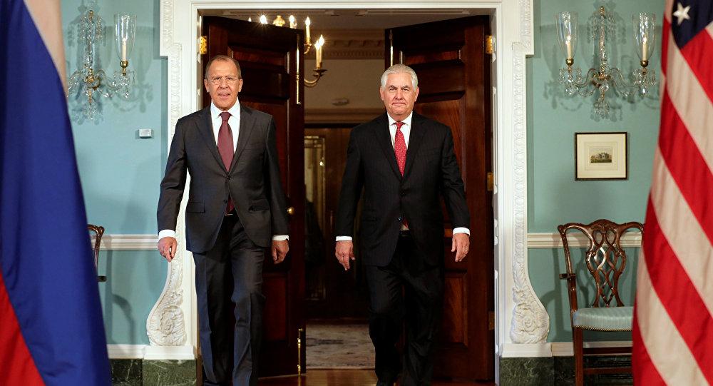 Rex Tillerson e Sergey Lavrov