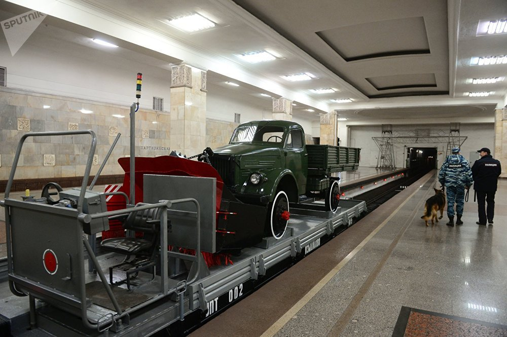 La metro di Mosca compie 82 anni