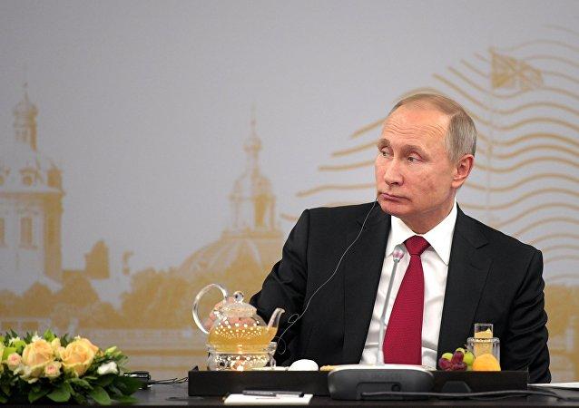 Vladimir Putin allo SPIEF 2017