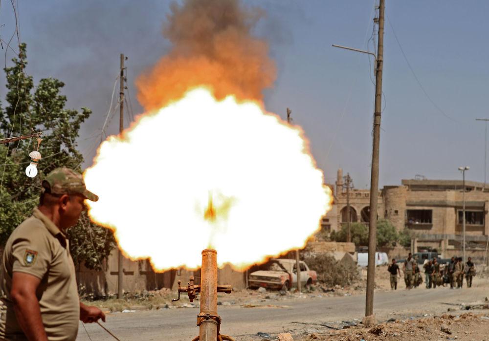 Militari iracheni aprono fuoco all'ovest di Mosul.