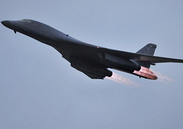 Il bombardiere B-1B delle forze aeree USA. (Foto d'archivio)