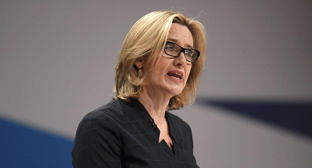 Il ministro dell'Interno del Regno Unito Amber Rudd