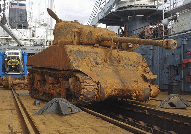 Russia's Northern Fleet divers have recovered the US Sherman tank with 76-mm gun from transport ship Thomas Donaldson, sunk by Nazi sub in Barents Sea in 1945