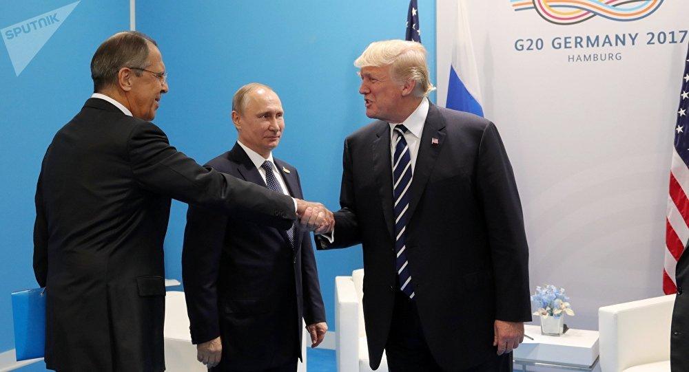 Vladimir Putin, Donald Trump e Sergei Lavrov