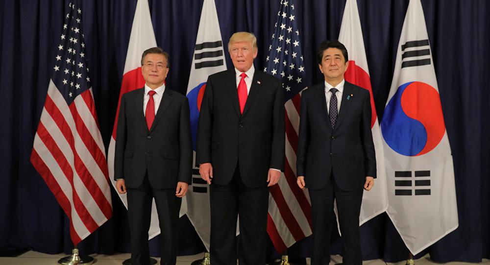 Trump con i leader di Giappone e Corea del Sud al G20 di Amburgo