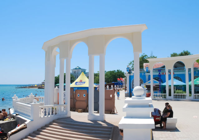 Un lungomare a Eupatoria, Crimea