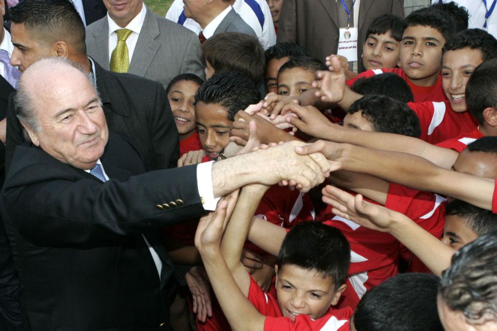 Presidente della Federazione internazionale di calcio Joseph Blatter in Giordania.