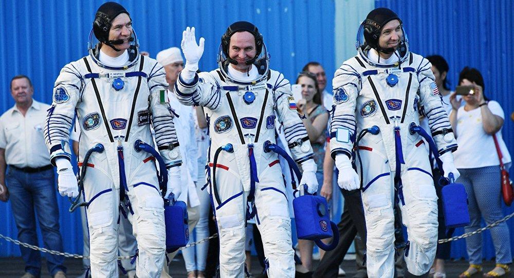 Equipaggio della navicella Soyuz MS-05