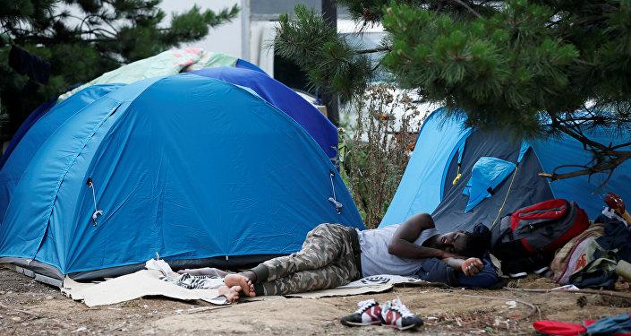 Migranti a Parigi