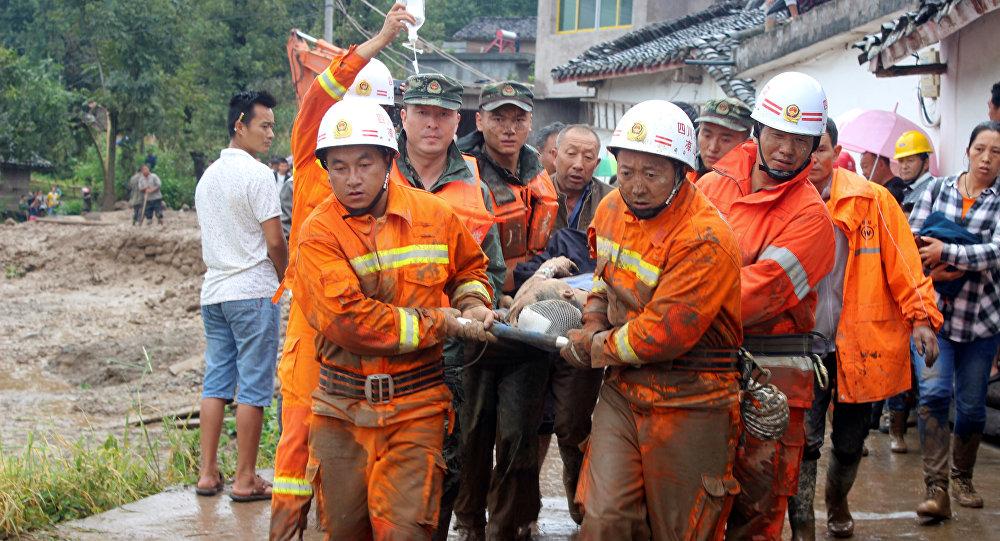 Cina, terremoto di 6.5 gradi colpisce provincia di Sichuan