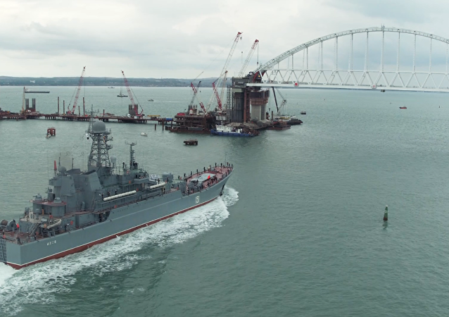 La nave Azov della Flotta del Mar Nero