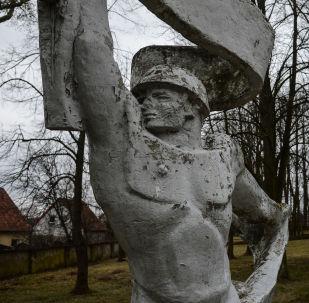 Monumento sovietico in Polonia (foto d'archivio)