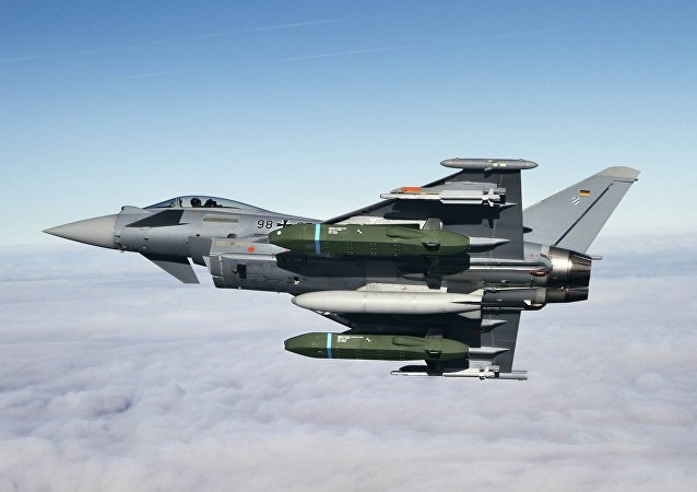 Eurofighter Typhoon Flight tests with Taurus KEPD 350 missile