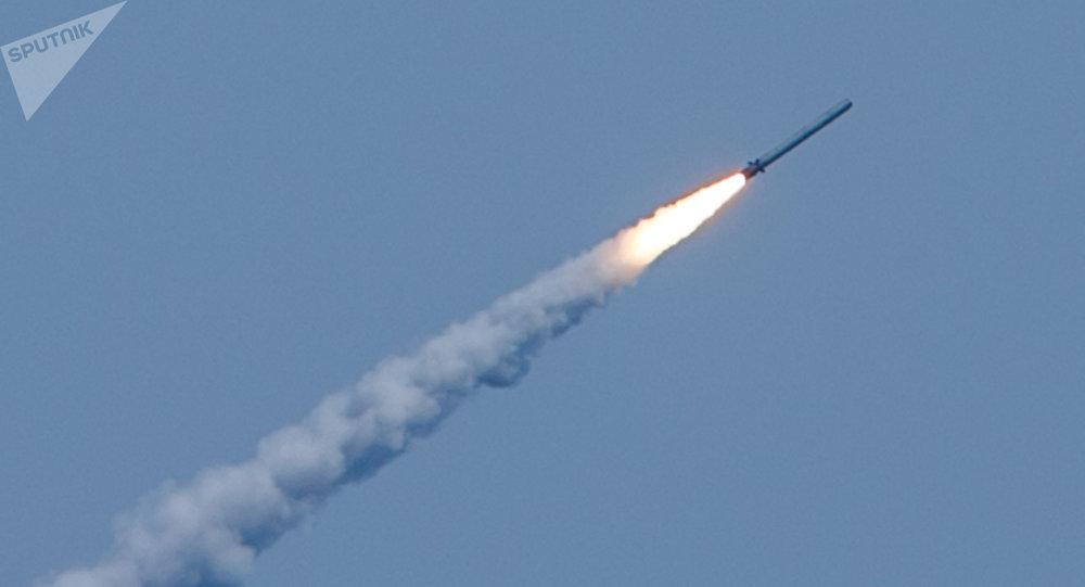 Lancio di missile Kalibr in Siria