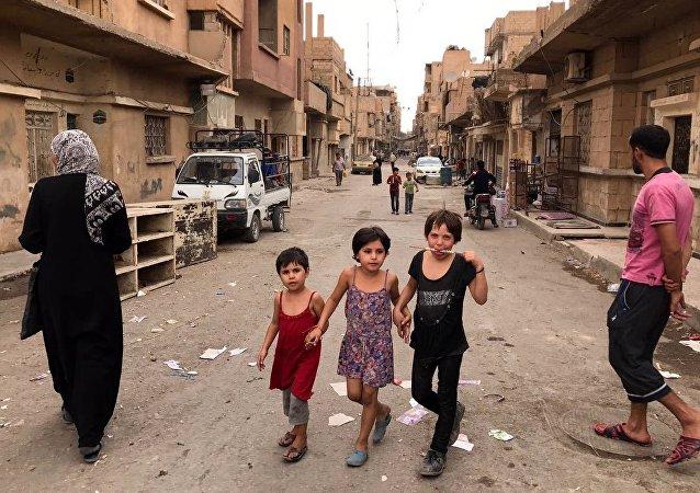 Gli abitanti di Deir ez-Zor
