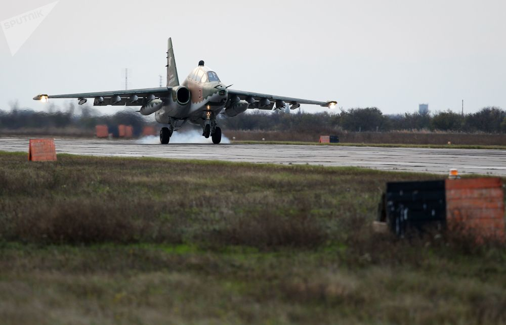 L'addestramento degli avieri russi a bordo dei caccia Sukhoi SU-25