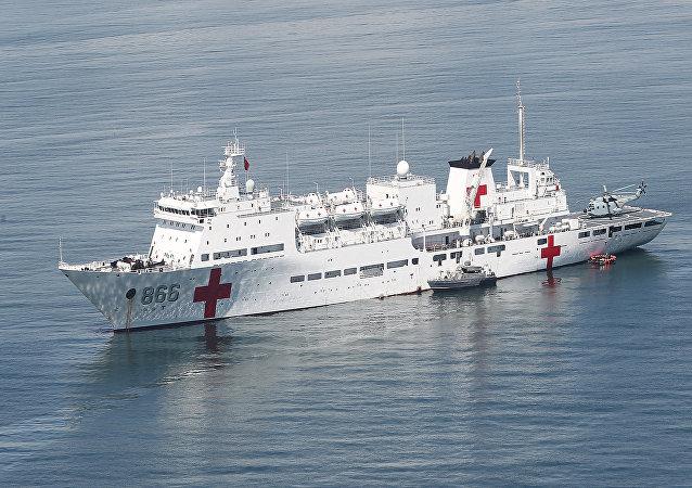 Nave medica dell'esercito cinese Peace Ark (foto d'archivio)