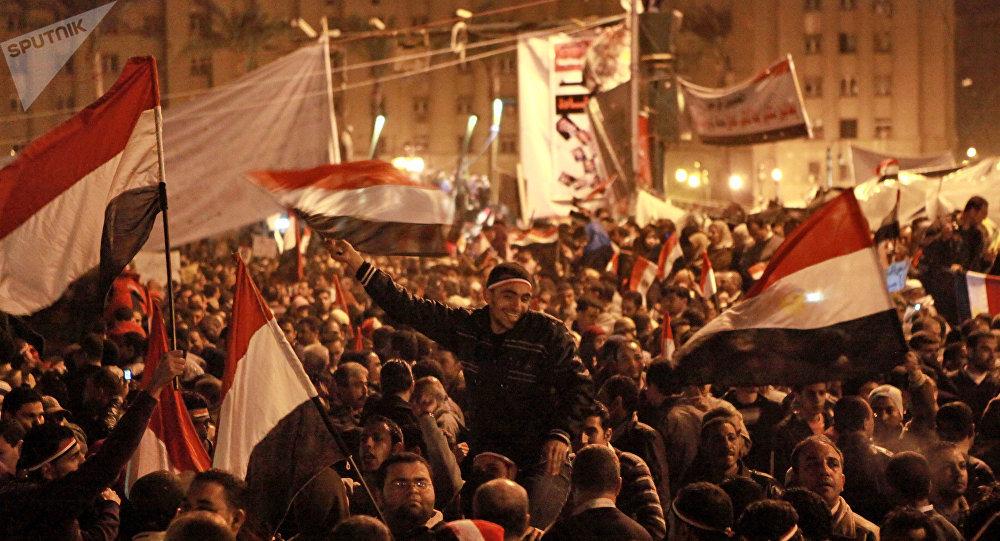 Egitto: scarcerato l'attivista Alaa Abdel Fattah, volto rivoluzione