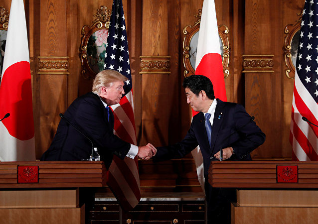 Shinzo Abe e Donald Trump