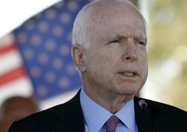 John  McCain (foto d'archivio)