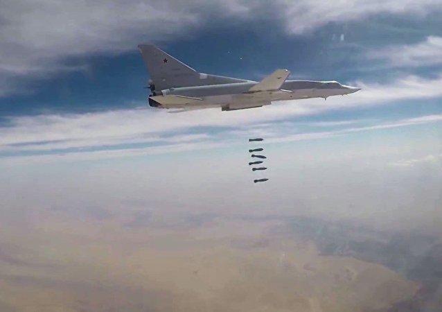 TU-22M3 durante i bombardamenti in Siria