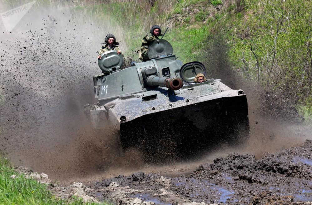 Il cannone d'assalto semovente Gvozdika.