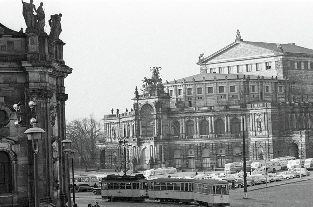 Il teatro dell' Opera di Dresda