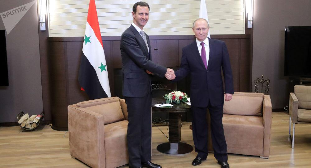 Siria, Putin si congratula con Assad per la lotta al terrorismo