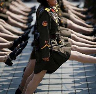 Soldatesse della Corea del Nord