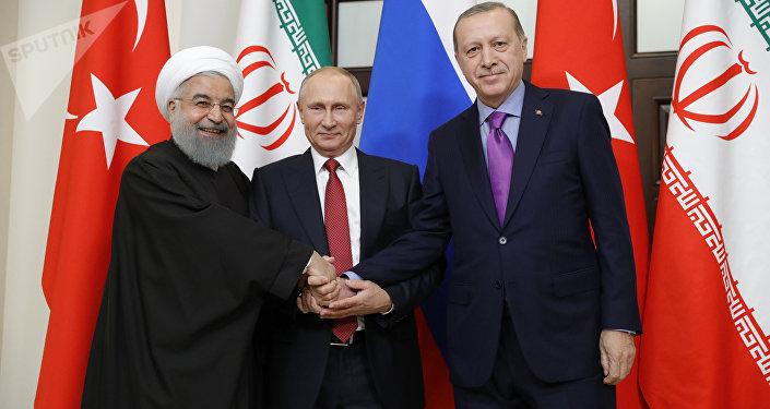 Incontro tra Putin, Rouhani ed Erdogan a Sochi