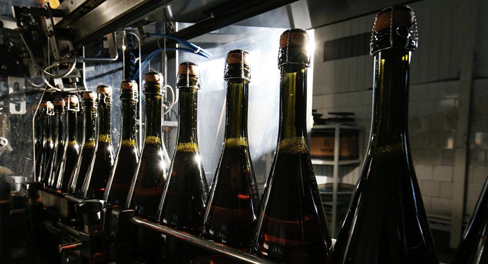 Bottiglie di spumante