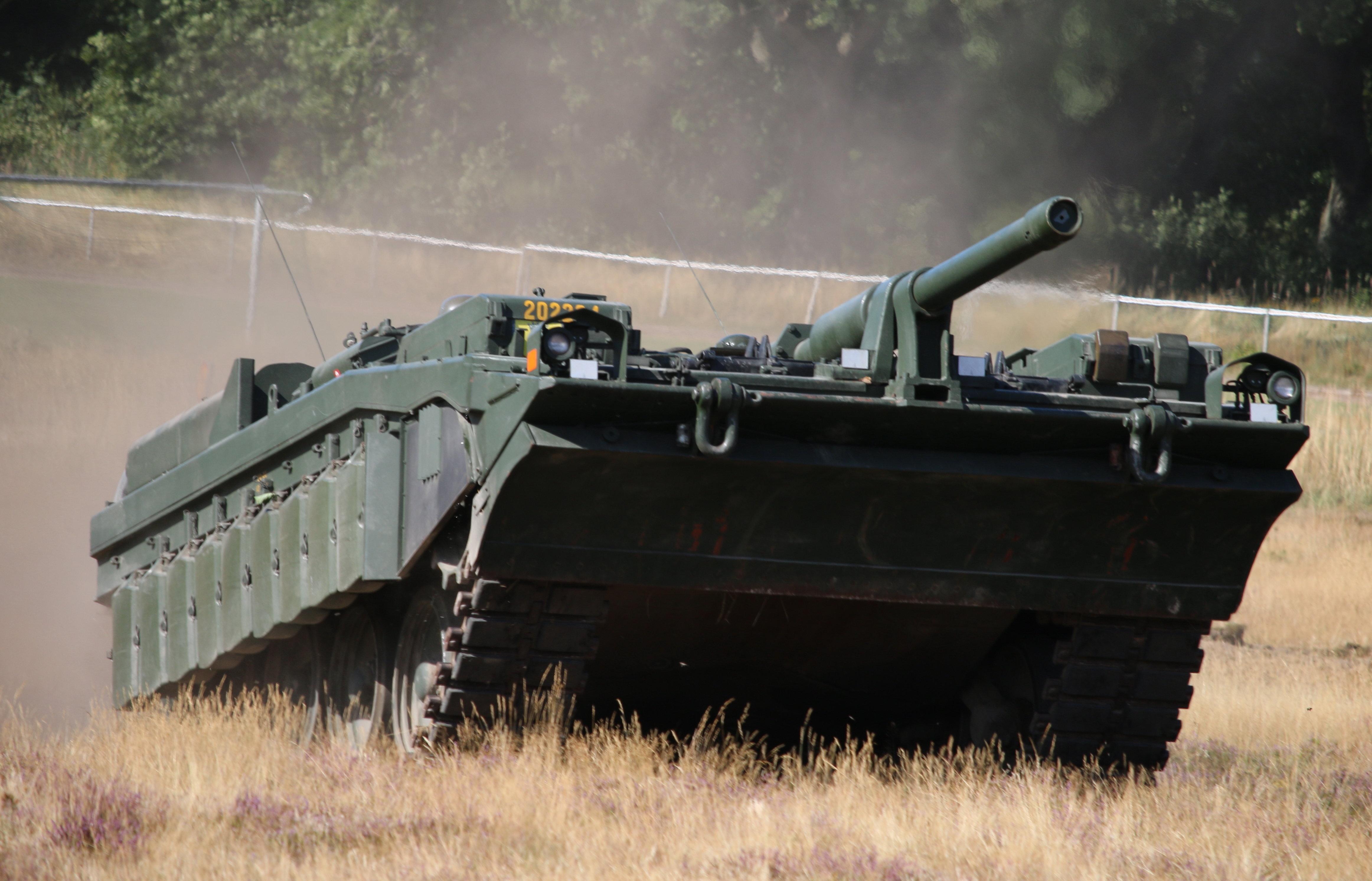 Il carro armato Strv.103