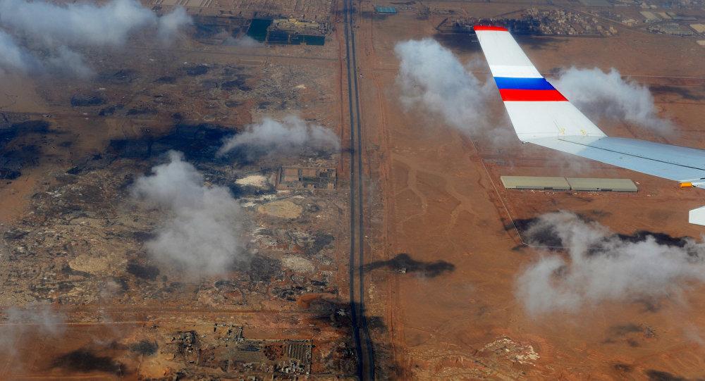 Territorio egiziano visto dall'oblò di un aereo russo