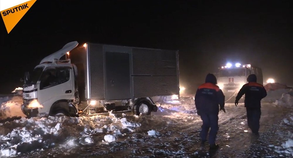 Russia: nell'isola di Sakhalin stato d'emergenza per tanta neve