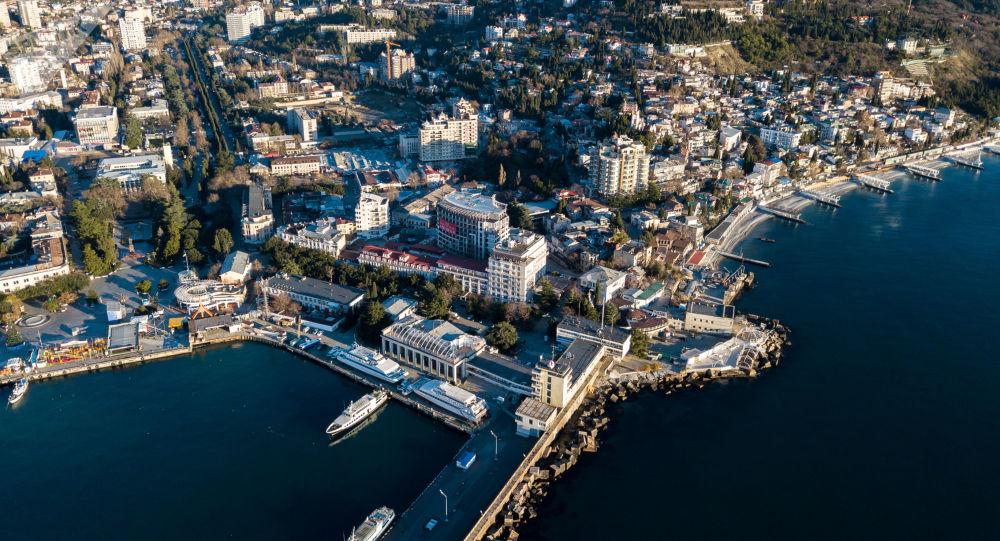 Una veduta su Yalta