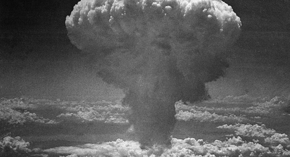 Fungo nucleare provocato dalla bomba atomica sganciata su Nagasaki il 9 agosto 1945.