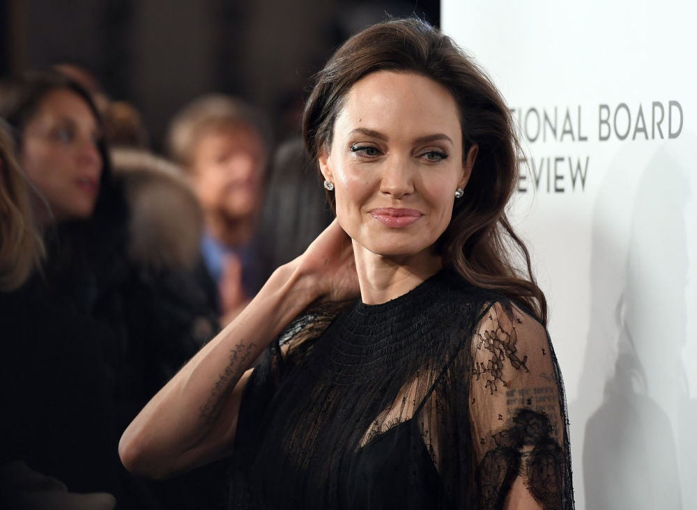 L'attrice statunitense Angelina Jolie alla National Board of Review Awards a New York.