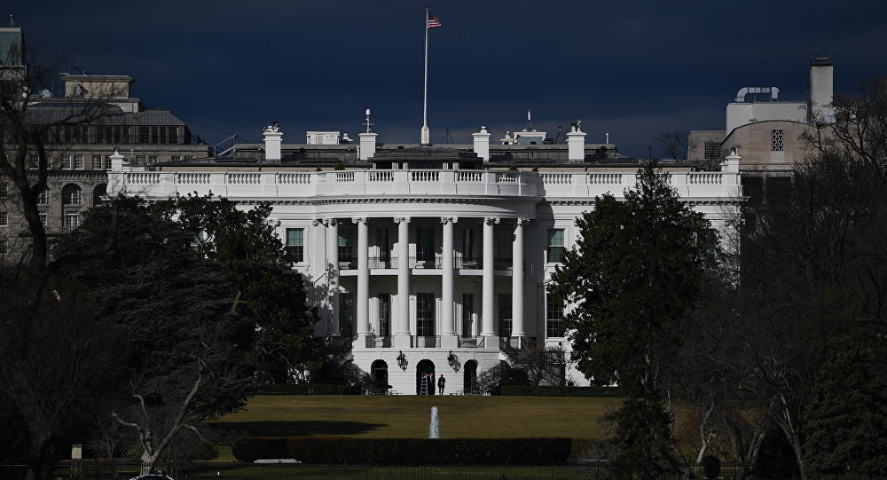 Shutdown, nessun accordo al Senato. Chiusi gli uffici negli Stati Uniti