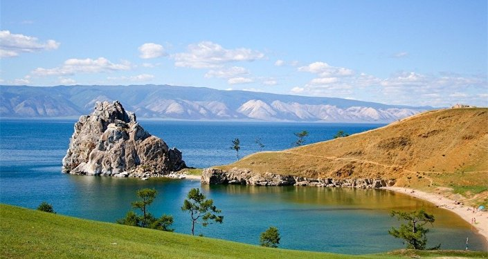Il lago Najka