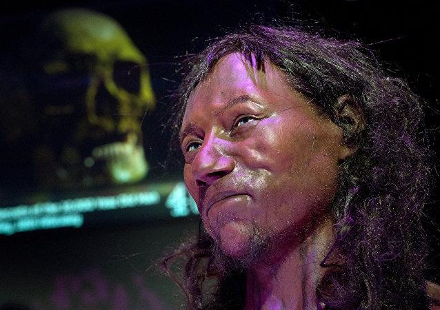 Ricostruzione facciale dell'uomo di Cheddar